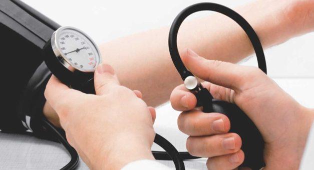 Oito alimentos para combater a hipertensão